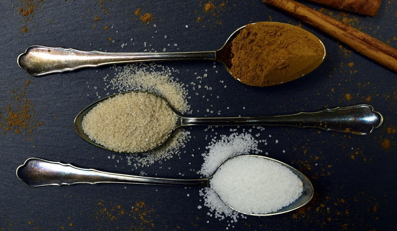 砂糖のカロリー小さじ1でいくつ?少ないか計算方法と消費目安・糖質も確認!
