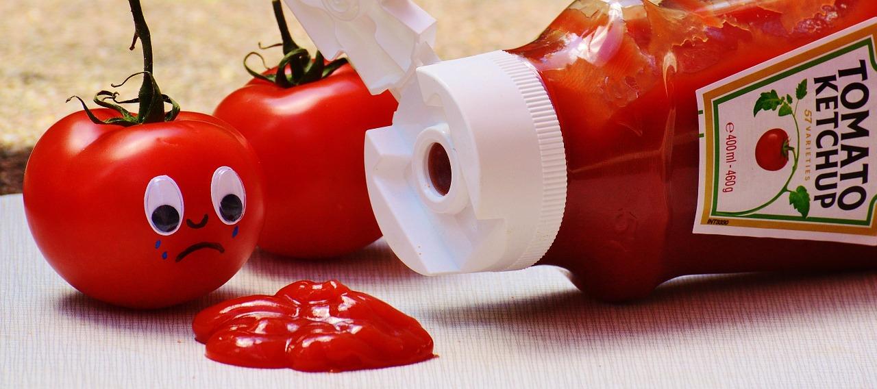 ケチャップのカロリーは大さじ1でどのくらい?塩分や糖質は高いの?