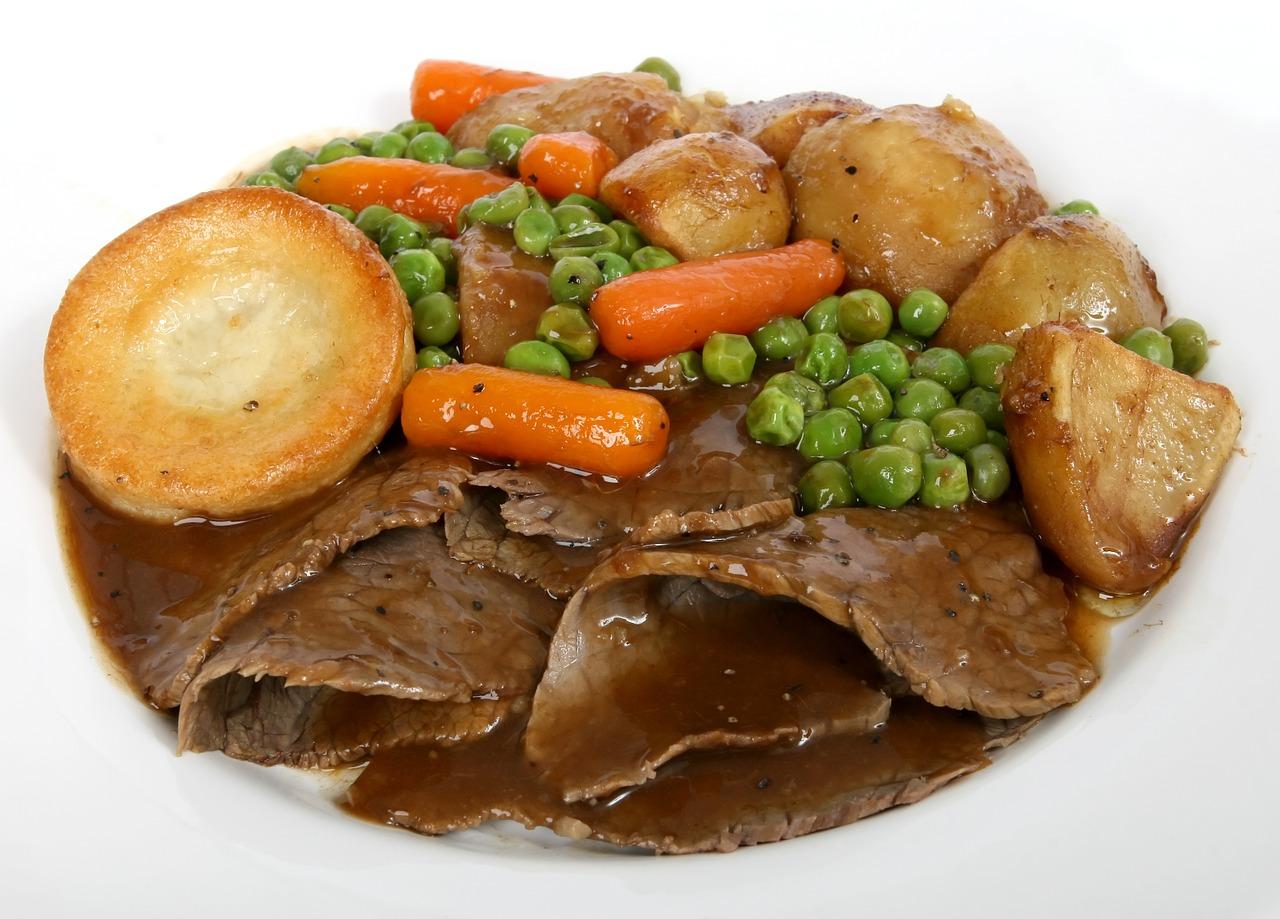 すき焼きのたれで肉じゃがを作るのが人気?レンジ・フライパン・圧力鍋・炊飯器での作り方を紹介!
