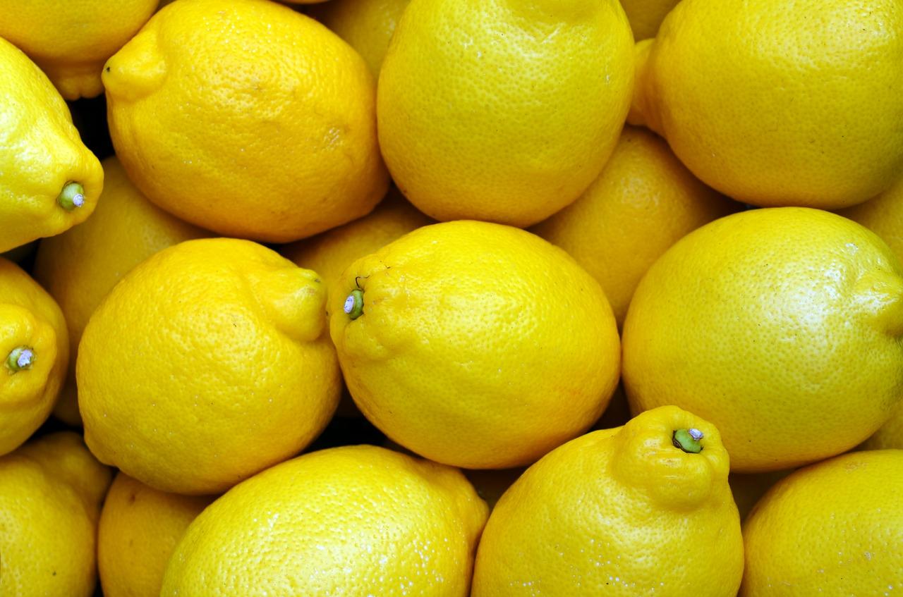 塩レモンの作り方を簡単に!みじん切りやポッカレモン、タッパー使用で分量も覚えやすい即席レシピ!