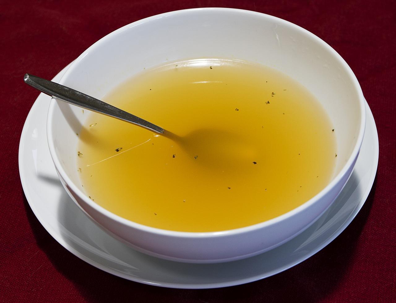創味シャンタンを使ってスープを簡単に!ネギ・もやし・白菜・豆腐・醤油だけでお手軽スープに!