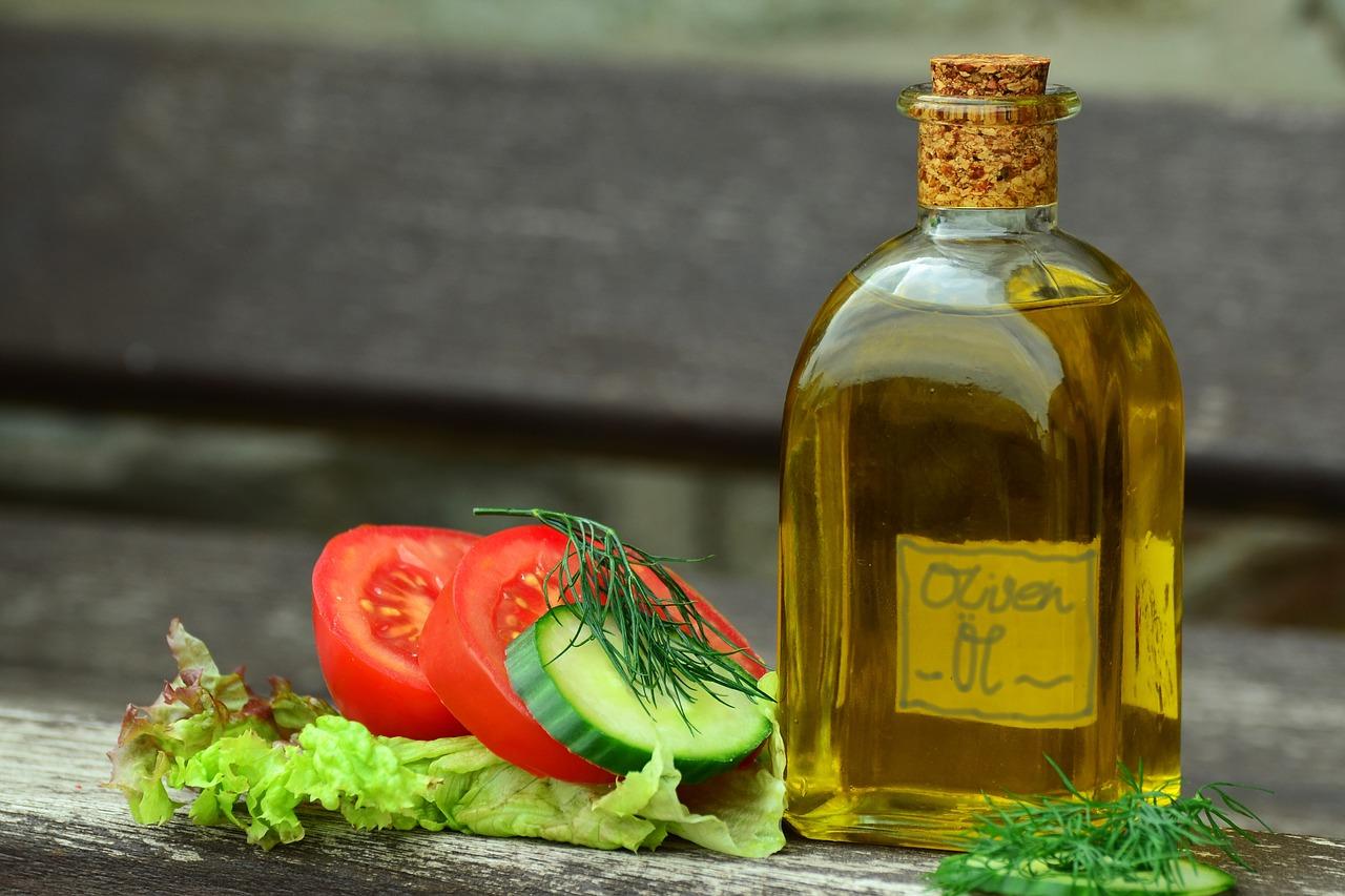 すし酢でトマトマリネが作れる!サーモンやパプリカなどの野菜での作り方もご紹介!
