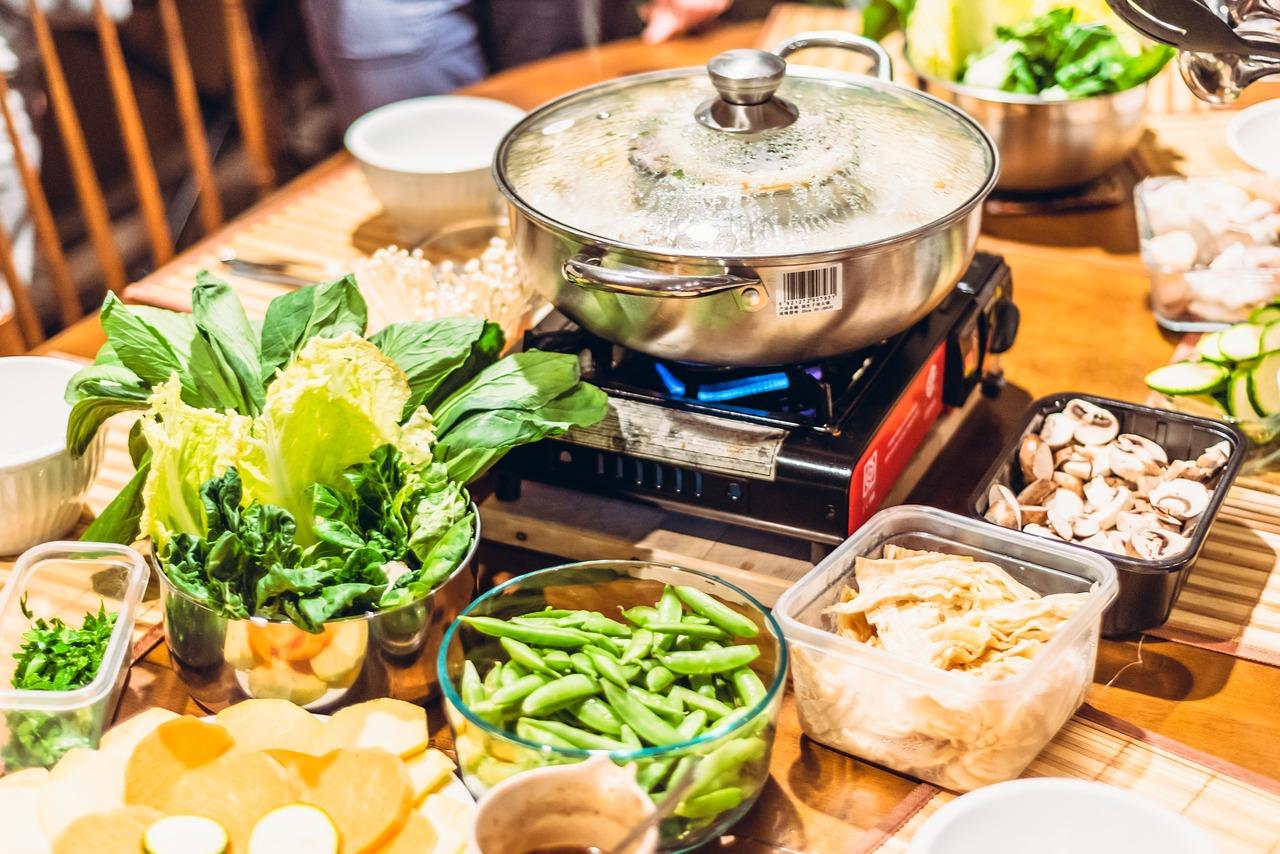 創味シャンタンは鍋のしめに使える!レモン・豆乳・大根それぞれの鍋のしめに!さらにごま油で一工夫!