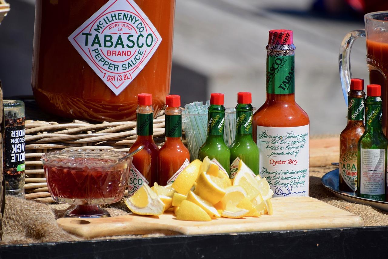 タバスコの賞味期限(開封後)は?常温保存で10年期限切れ、瓶の中で変色したものまで徹底的に調査!