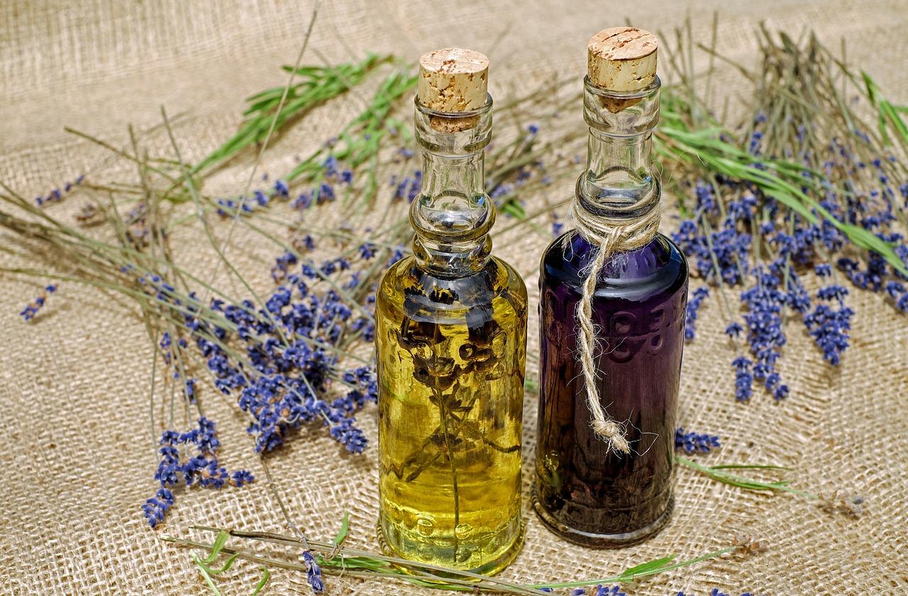 ワインビネガーの代用はバルサミコ酢⁈リンゴ酢、レモン汁、白ワインなどを使ったドレッシングなども徹底調査!