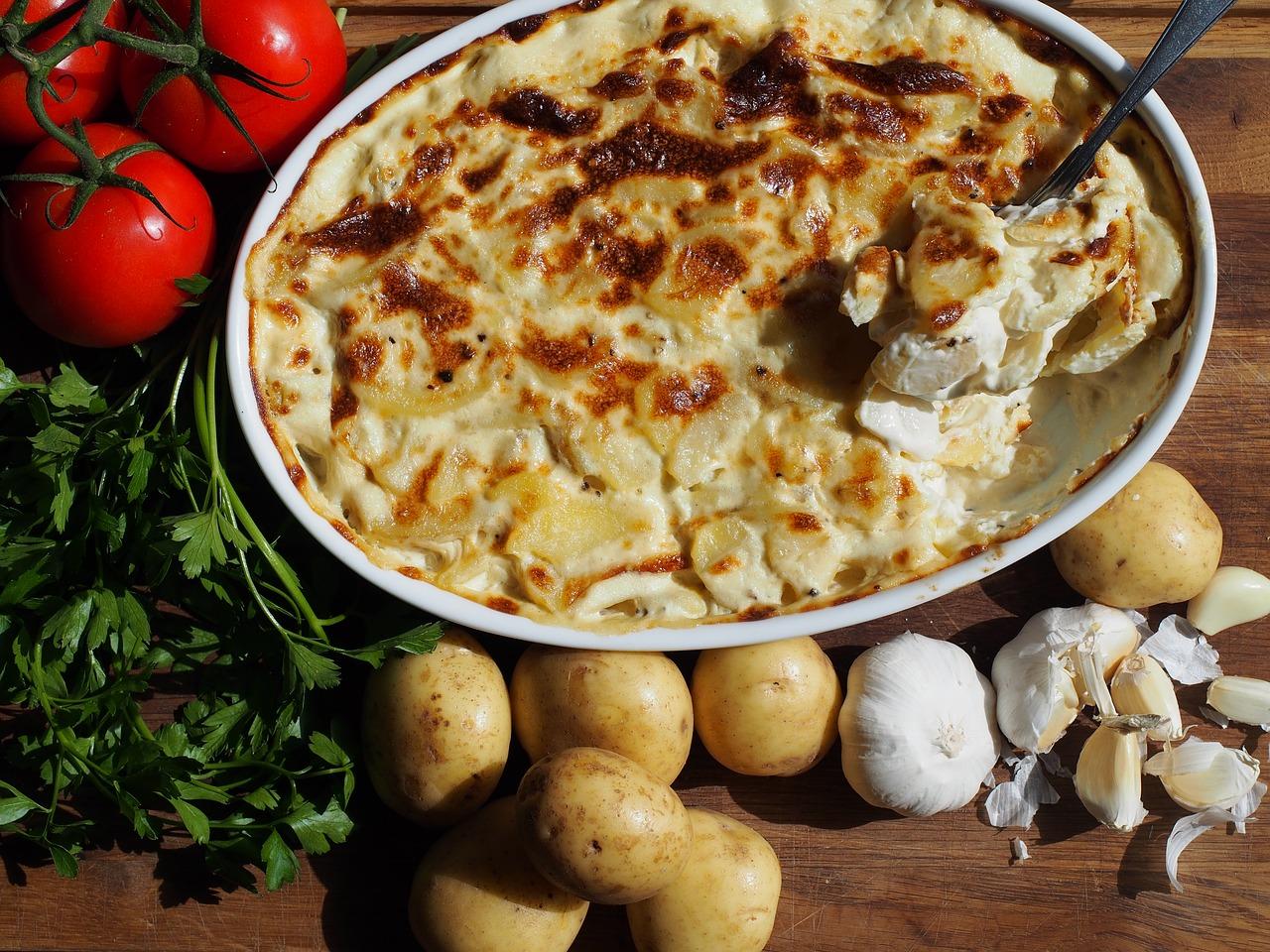 ベシャメルソースのグラタンが人気!作り方とマカロニやジャガイモ・豆乳のアレンジも!分量を知ればプロ級の味に!
