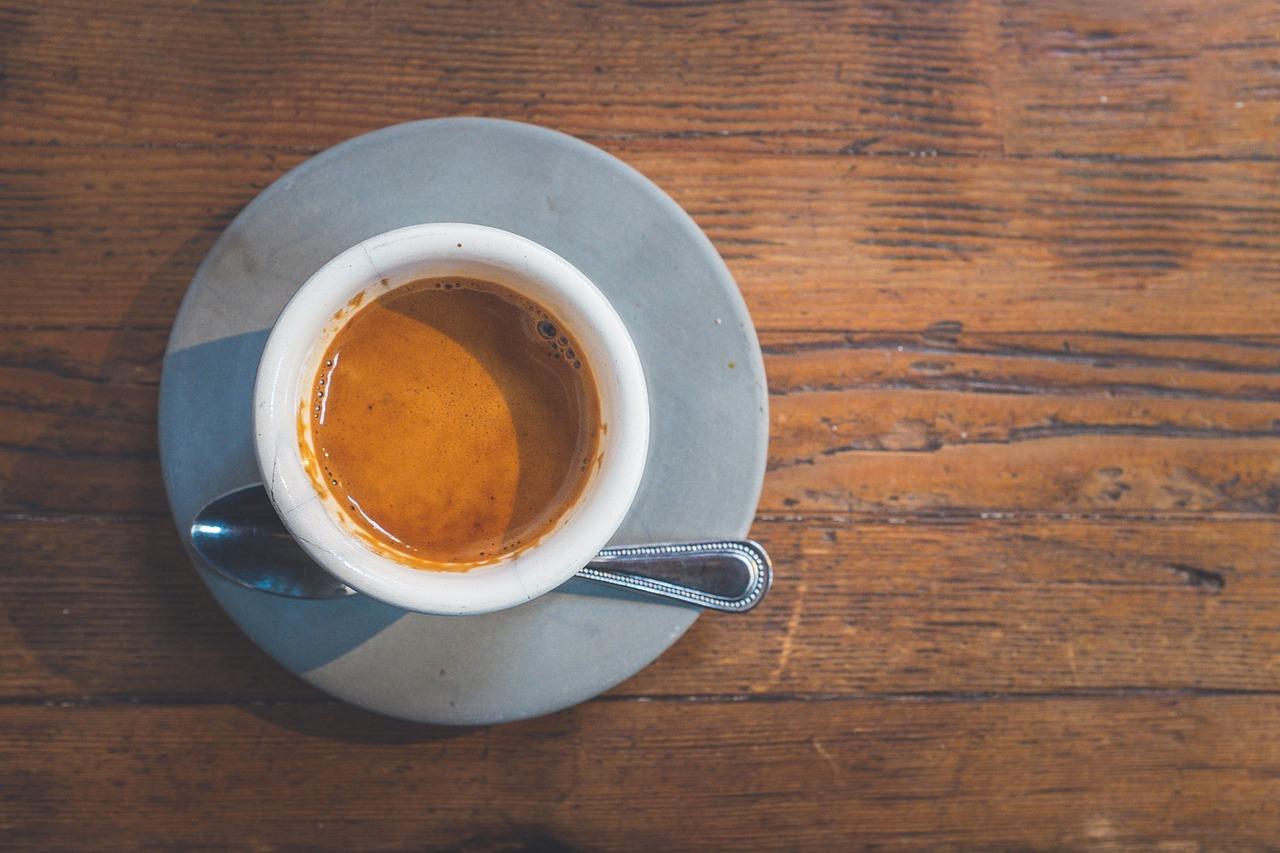 バターとコーヒーでダイエットができる⁈ヨーグルトも使って2週間で効果が⁈やり方や腹持ち、持ち運びや作り置き、お腹がすく時の対処法など調査!