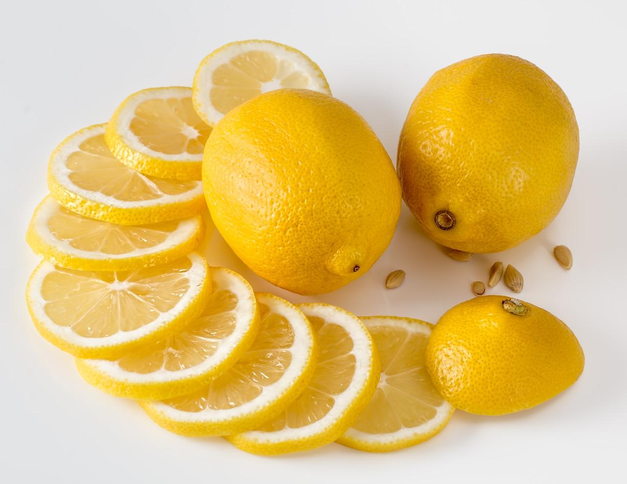塩レモンの使い方はとっても簡単!飲み物にしたり、豚肉や鍋に最適な方法をご紹介!