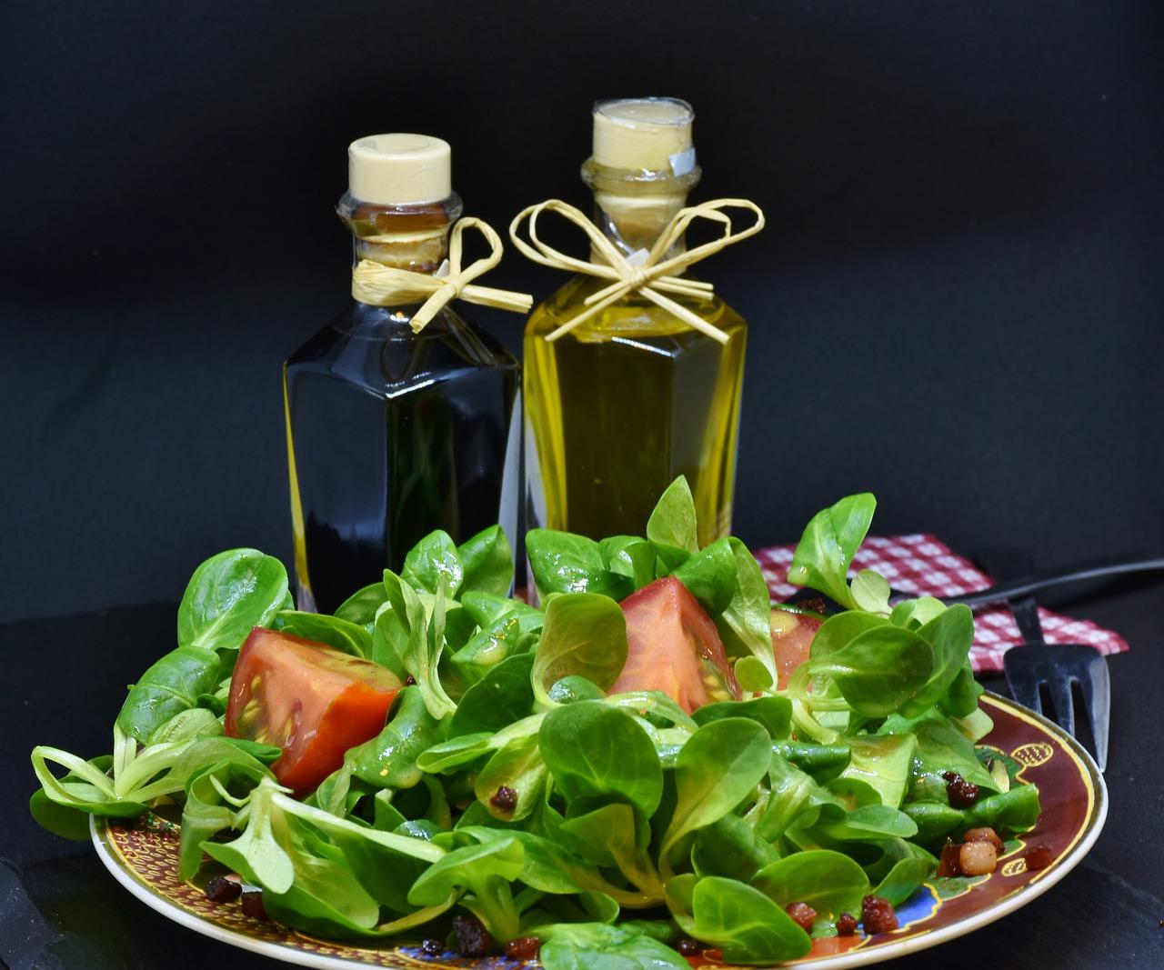酢のドレッシングはオリーブオイルが合う⁈豆乳、レモン、醤油など、割合を知れば簡単手作でダイエットにも◎!