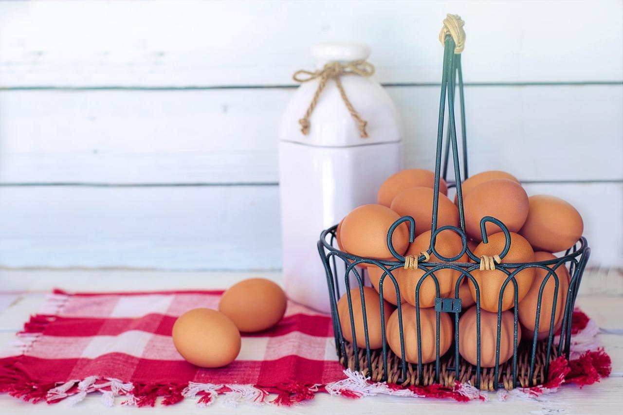 紅生姜入り卵焼きでお弁当を彩り良く!めんつゆやマヨネーズ利用で上手に美味しく!変色も防げる!