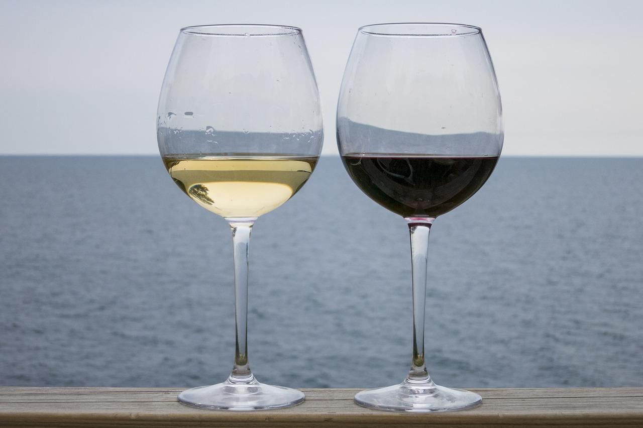 白ワインの代用で料理酒はOK?みりん・赤ワイン・ロゼ・日本酒・ワインビネガーは?お菓子にも使える?
