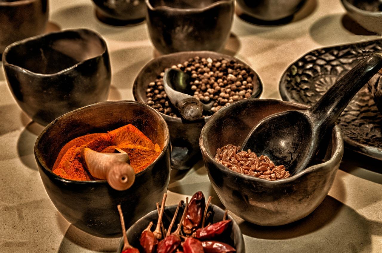 ガラムマサラの作り方をカルダモンなどで簡単に!自家製粉でカレー、チャイ、タンドリーチキンを作ろう!